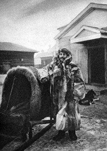 Abb. 2: Eugen Wilhelm Pfizenmayer in Expeditionsbekleidung vor dem Aufbruch zu einer weiteren Sibirienreise 1908. Pfizenmayer 1926, 216.
