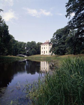 Abb. 1: Außenansicht des Schloss Luisiums. © Landesamt für Denkmalpflege und Archäologie Sachsen-Anhalt, Gunnar Preuß.