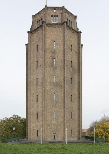 Abb. 1: Außenansicht des Wasserturms. © Landesamt für Denkmalpflege und Archäologie Sachsen-Anhalt, Gunnar Preuß.