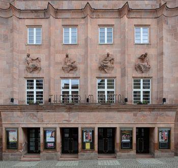 Abb. 1: Fassadenansicht des Capitols in Zeitz. © Landesamt für Denkmalpflege und Archäologie Sachsen-Anhalt.