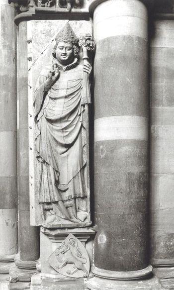 Abb. 1: Magdeburger Dom, Grabplatte des Otto von Hessen am südöstlichen Vierungspfeiler. Brandl/Forster 2011, 694, Abb. 1400.