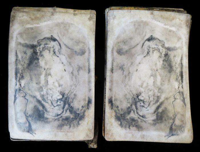 Abb. 13: Mehrere Fotos mit zerstörter Bildschicht. © Landesamt für Denkmalpflege und Archäologie Sachsen-Anhalt, Heiko Breuer.