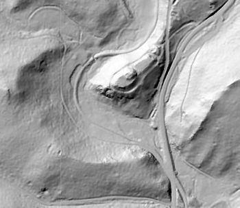 Abb. 5: Digitales Geländemodell der Heinrichsburg mit der gegenüberliegenden Schanze. © LVermGeo Sachsen-Anhalt