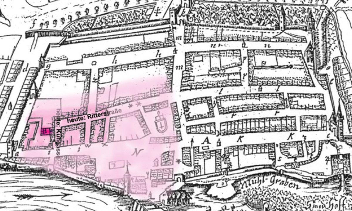 Abb. 3: Vermutliche Lage der Curtis und Burg Calbe (rosa) sowie der Johannis-Baptistae-Kapelle (rot). Ausschnitt aus dem Stich »Gegend der Stadt Calbe - Calegia« mit Markierung der Lage des Königshofes, Dieter H. Steinmetz CC-by-sa 2.0/de.