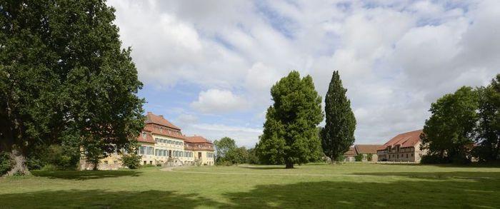 Abb. 1: Schloss und Park Seggerde. © Landesamt für Denkmalpflege und Archäologie Sachsen-Anhalt, Gunnar Preuß