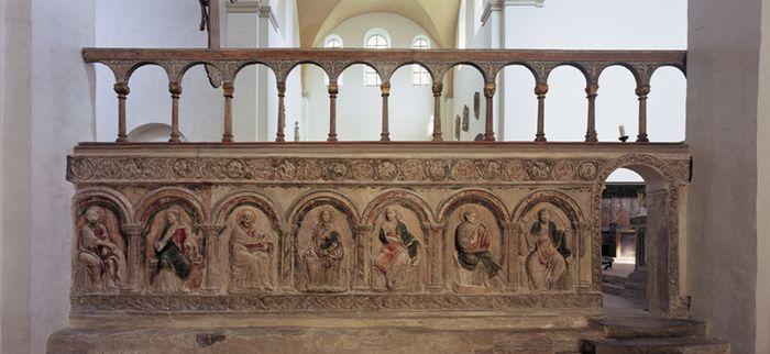 Abb. 2: Südliche spätromanische Chorschranke in der Liebfrauenkirche. © Landesamt für Denkmalpflege und Archäologie Sachsen-Anhalt, R. Ulbrich.
