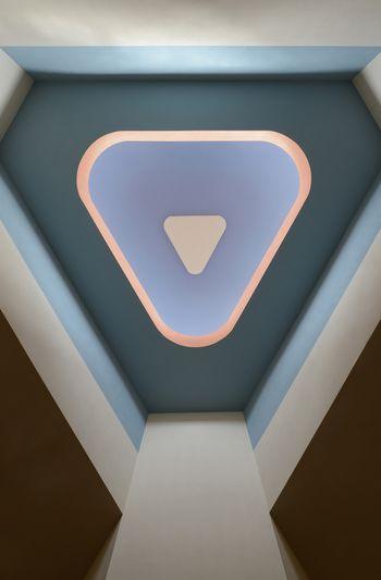 Abb. 2: Dreieckige geformte Oberlichtöffnung mit abgerundeten Konturen. © Landesamt für Denkmalpflege und Archäologie Sachsen-Anhalt, Gunnar Preuß.